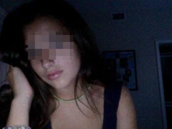 Jolie femme arabe recherchant un homme pour un rdv sexe sur Clermont-Ferrand
