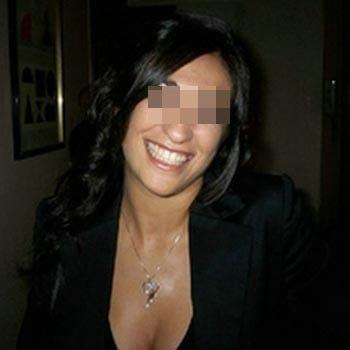 Jolie tunisienne de Mantes-la-Jolie qui aime baiser