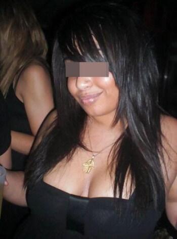 Jolie fille arabe veut rencontrer un partenaire de sexe à Annecy pour une turlutte