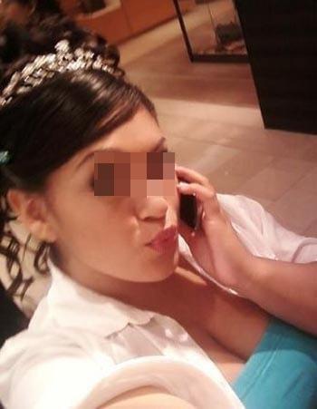 Maghrébine vicieuse veut se trouver un mec pas trop moche sur Paris pour une baise anale